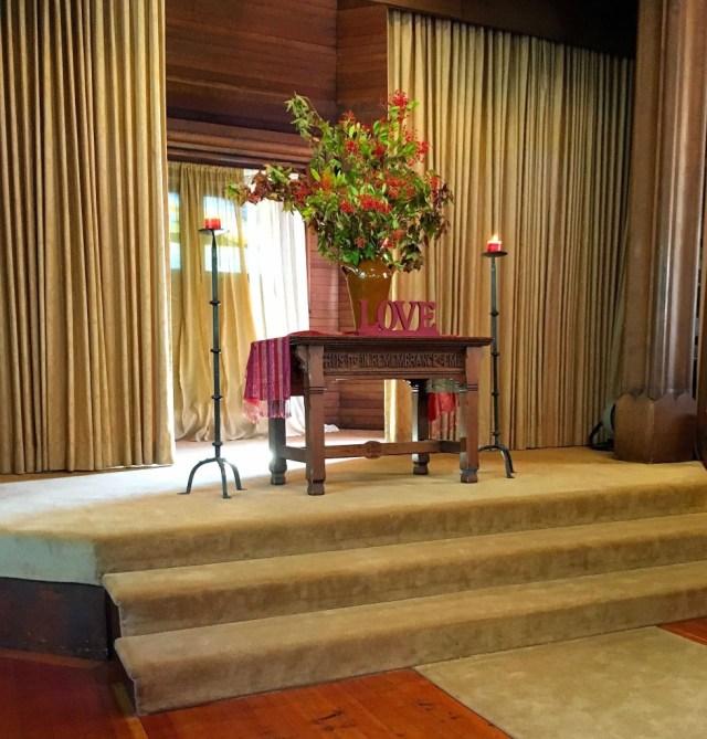 gorgeous-altar-oct-9-mary-img_1385-fm