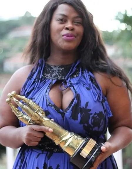 Video: Uzalo bids farewell to 'MaNgcobo' Dawn Thandeka King