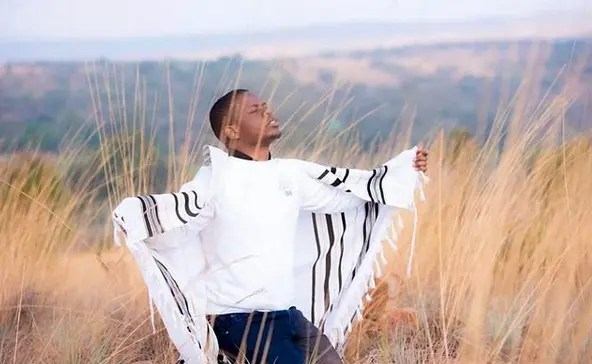 Did Shepherd Bushiri escaped South Africa on donkey pulled scotch cart