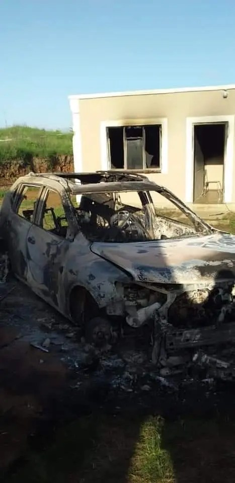 Man finds house and car burnt rural areas south Africa