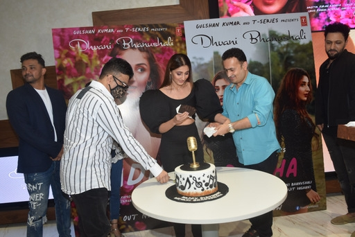 Dhvani Bhanushali celebrated her birthday at TSERIES office in Andheri