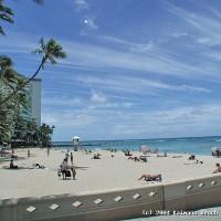 Kaimana Beach from the side.