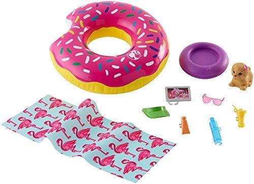 Barbie Set di Arredamenti da Esterno con Ciambella Donut Galleggiante,...