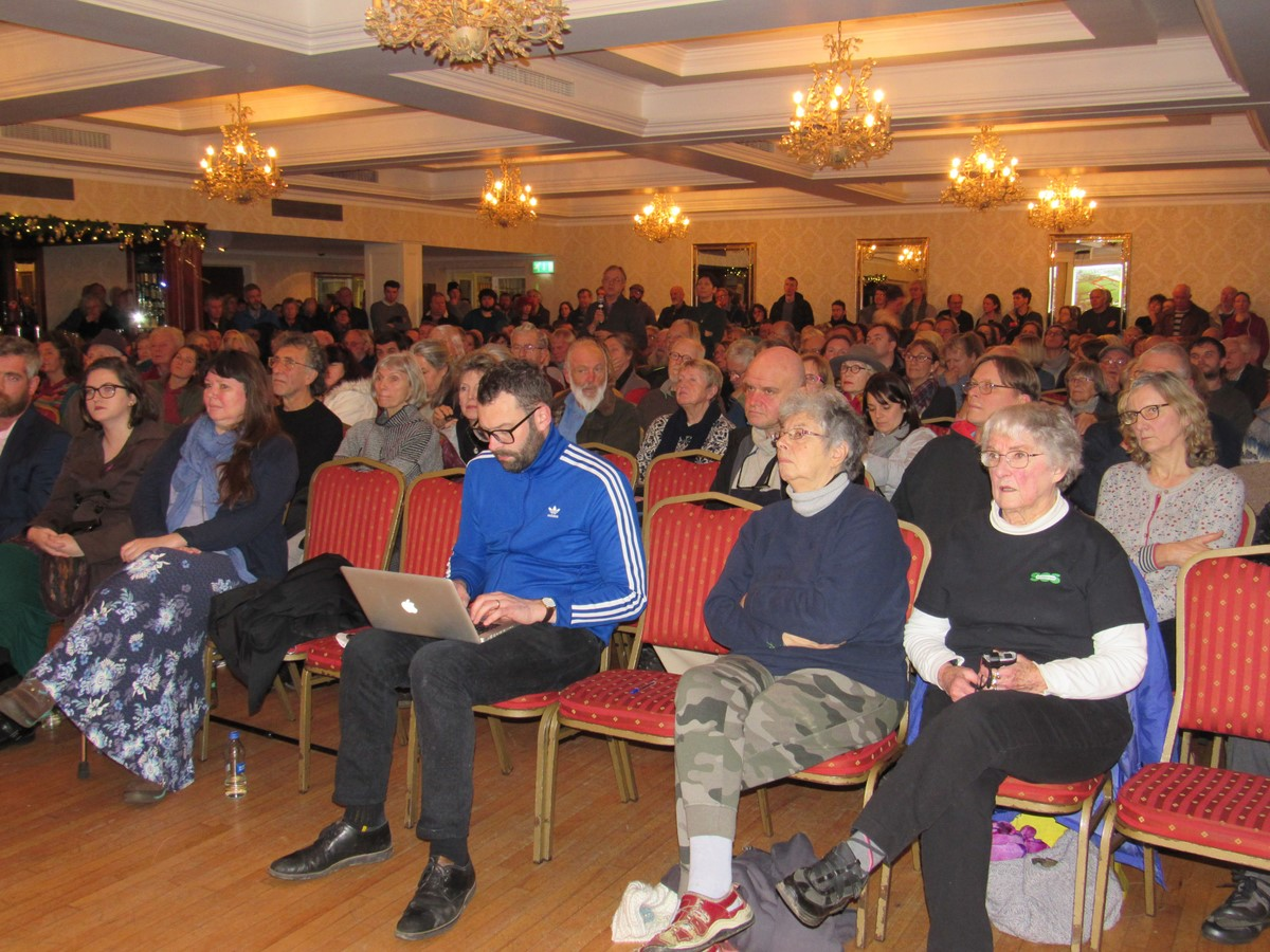Southern Star : WATCH: Packed ballroom for SOS anti-Plastics Factory meeting