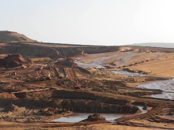 dune mining