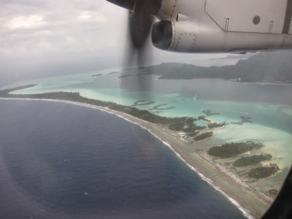Picture on our return flight to Tahiti