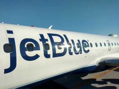 Earning and expediting Jetblue Mosaic Status with the Jetblue Plus card