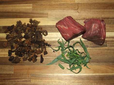 la viande et les morilles pour le feuilleté au boeuf et morilles