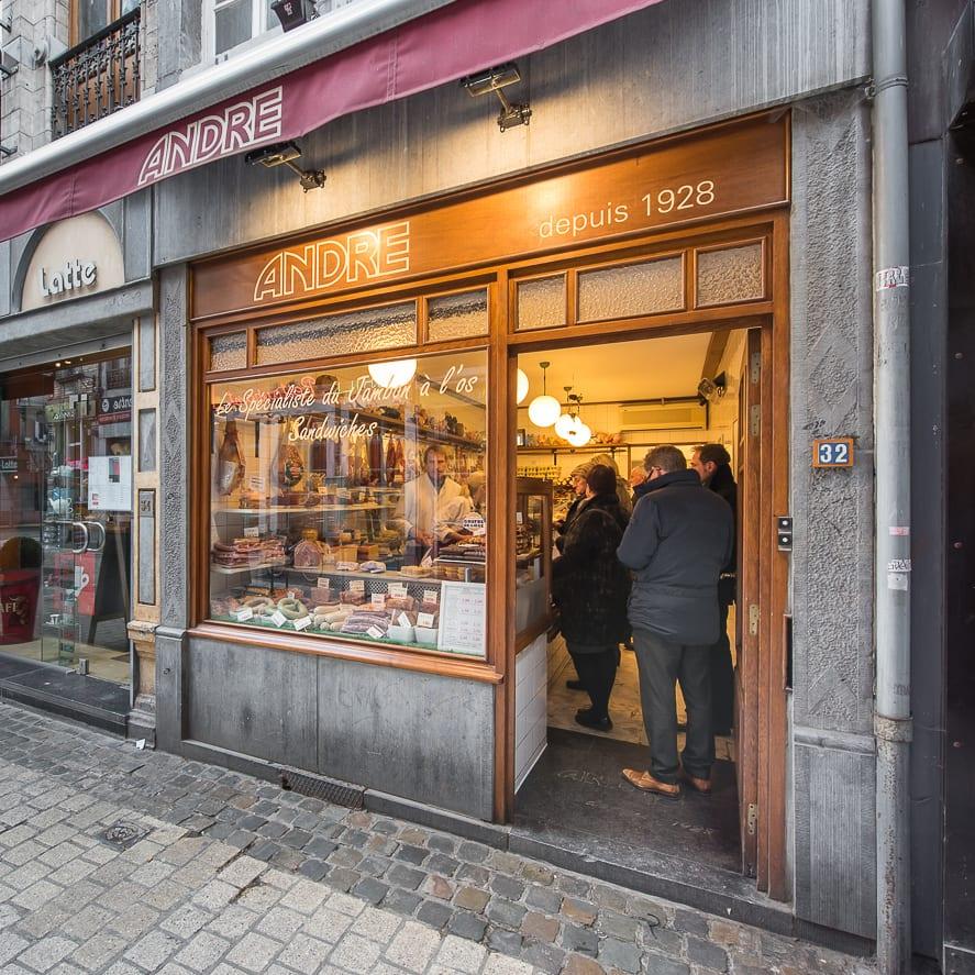 gaufre de Liège Oufti : 3 endroits où savourer une gaufre de Liège... à Liège