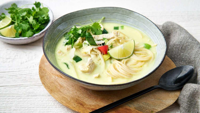soupe thai poulet coco saveurs. Black Bedroom Furniture Sets. Home Design Ideas