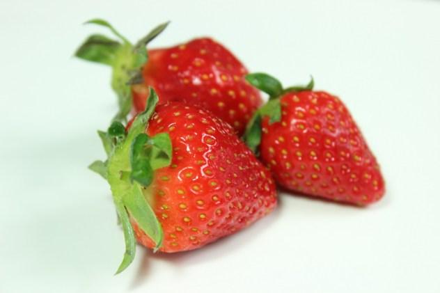 FRUITS de saison MAI Fraise