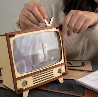 禮物 泛科市集-WOODSUM《懷舊電視機》~輕手作,懷舊電視機動手玩