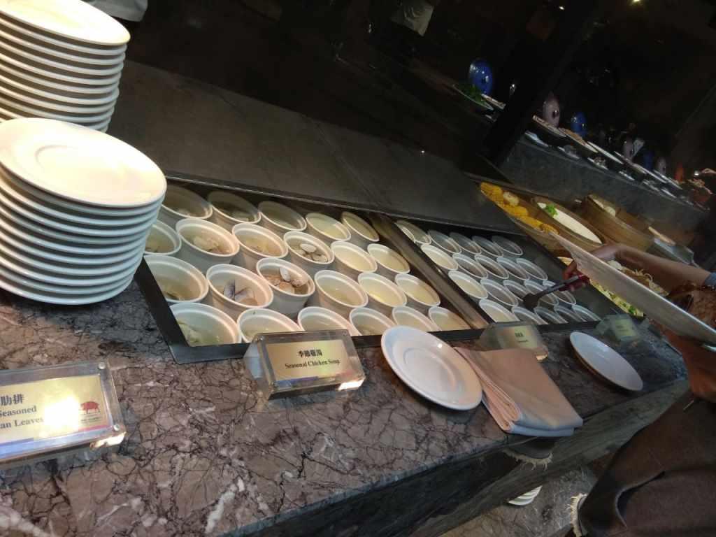台北福華大飯店彩虹座自助餐吃到飽Rainbow Terrace-1000元有找buffet好選擇-燉湯類+茶碗蒸