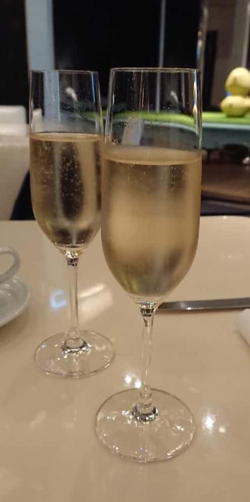 文華cafe 全新超值套餐-eztable簡單桌訂位贈送氣泡酒