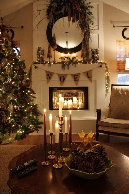 10 Fabulous Christmas Fireplace Mantel Ideas   Saving by ...