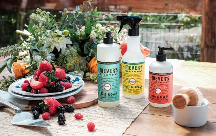 Get your Free Mrs. Meyer's Summer Chef's Kit from Grove Collaborative! This set is everything you need to make summer cleanup easy and enjoyable.