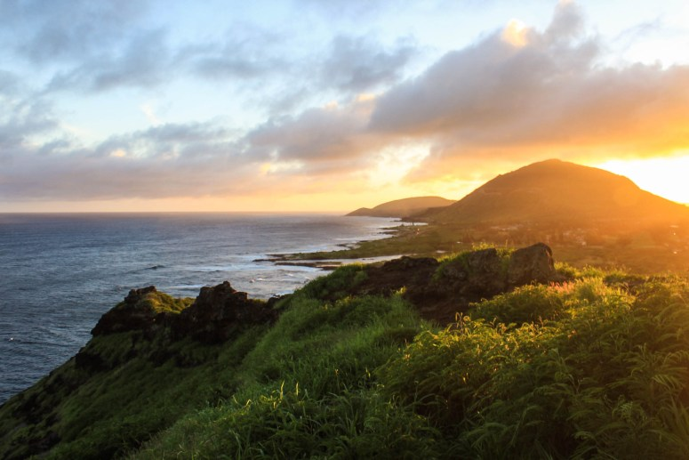 Sunset at Pele's Chair and Makapu'u Kaiwi Shoreline Trail