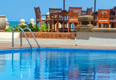 galle-face-hotel-swimming-pool-1