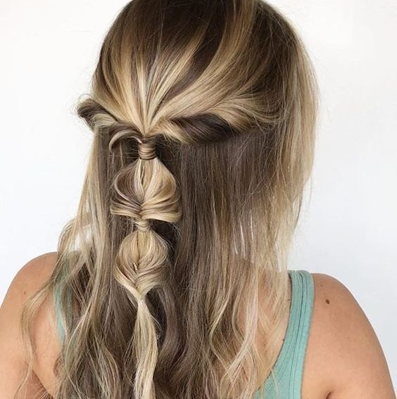 Hairstyles for Oily Hair - 18