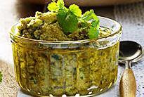 Pesto cu frunze de coriandru