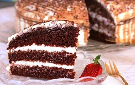 Cake with mascarpone cream