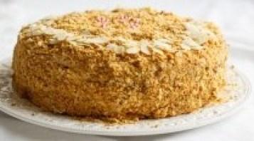 sheet cake with honey