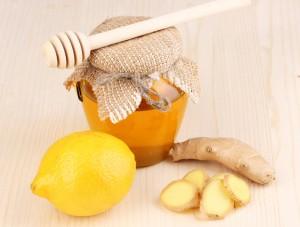 Reteta ghimbir, miere si lamaie - Elixir anti raceala