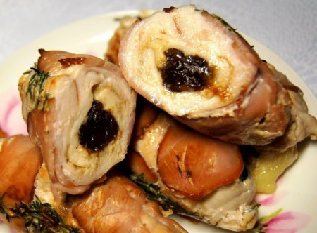 Friptura de porc cu prune uscate