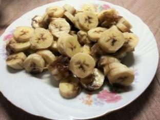 prajitura cu banane si caramel