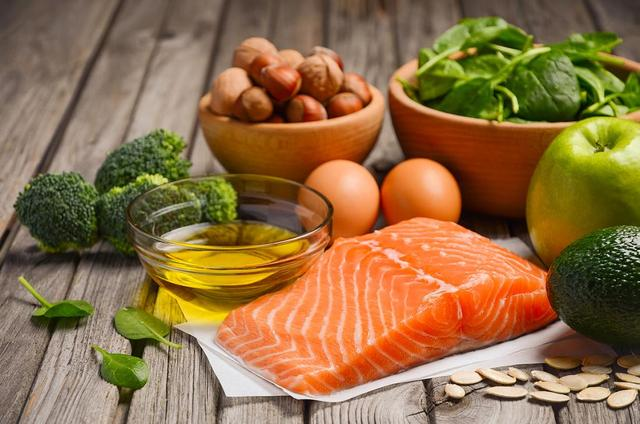 Dieta hipoproteica recomandata bolnavilor  cu  insuficienta renala cronica