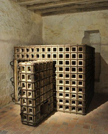 Cage du château de Loches (reconstitution)