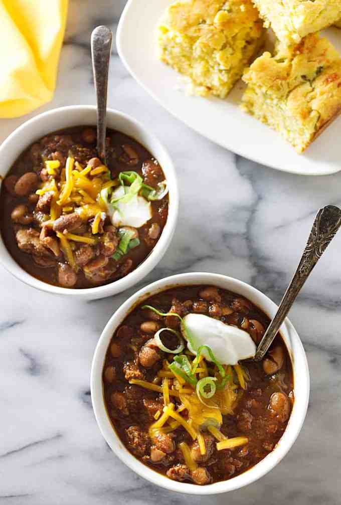 slow cooker turkey and beer chili with beans