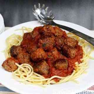 Italian Meatballs and Spaghetti with Tomato-Garlic Sauce
