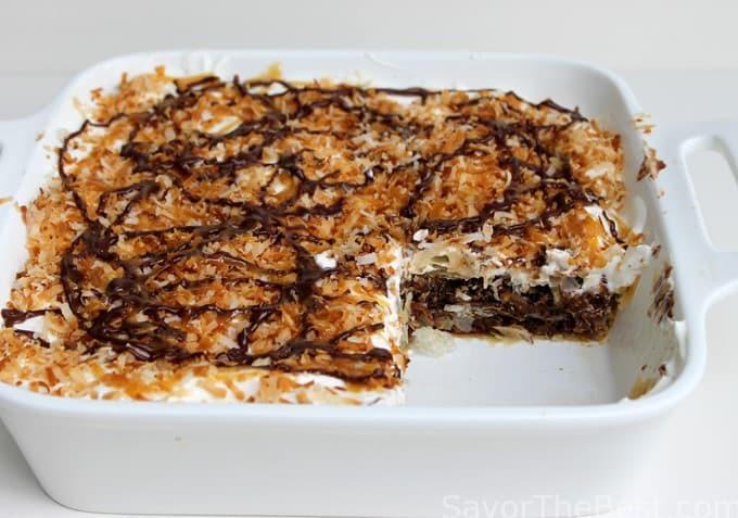 chocolate samoa dessert lasagna