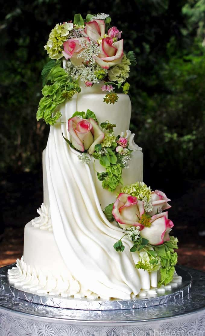 Cascading Flowers Cake Design - Savor the Best