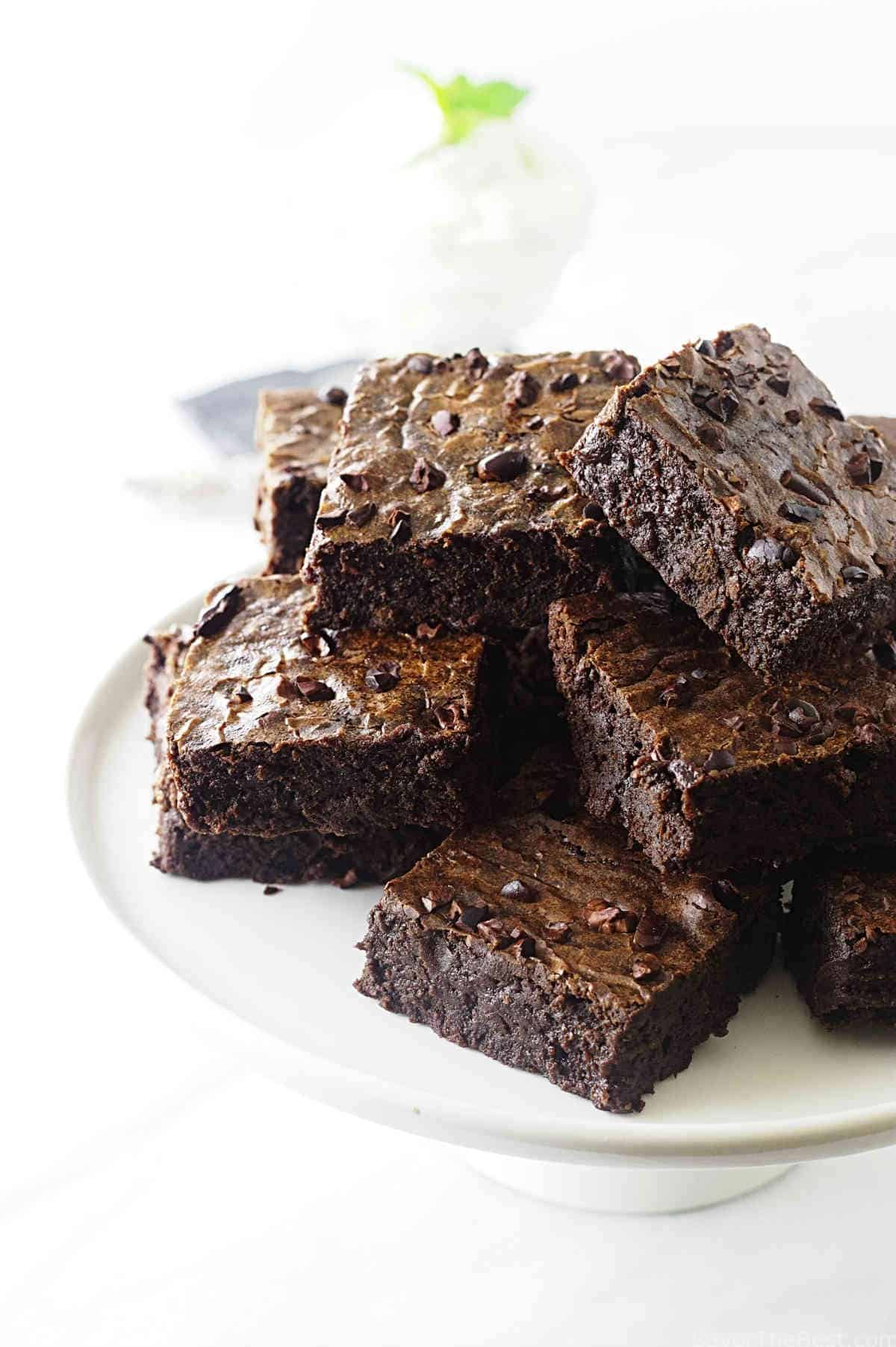 These fudgy brownies with cocoa nibs are made with the ancient grain Einkorn flour. They are fudgy delicious and the cocoa nibs are crisp and crunchy.