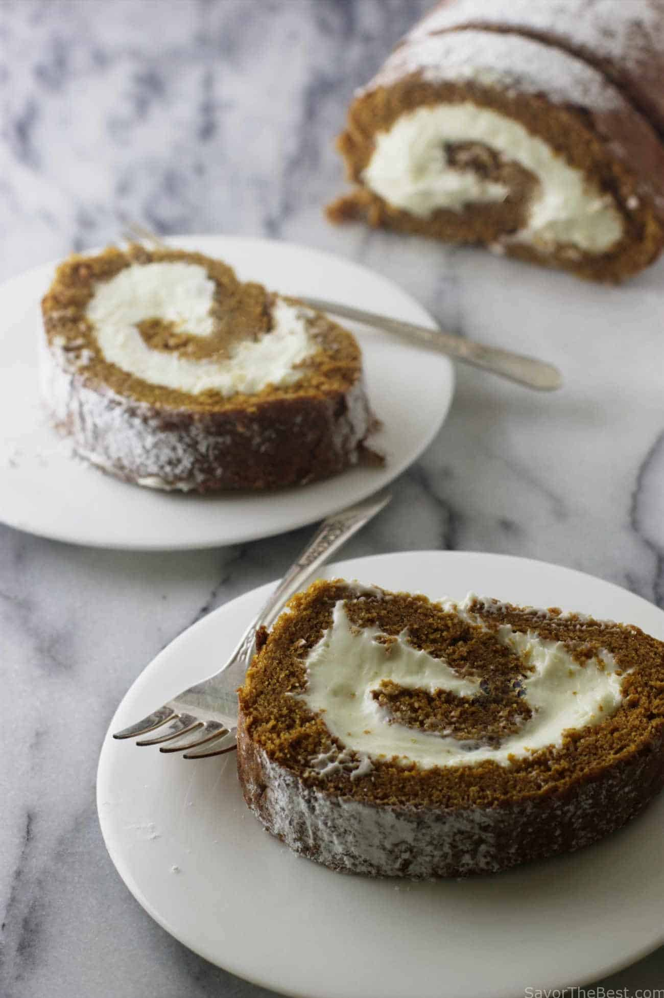 einkorn pumpkin roll cake