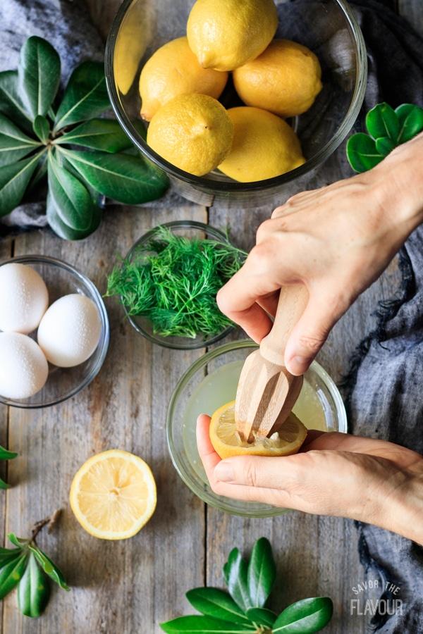 juicing lemons for Greek lemon chicken soup