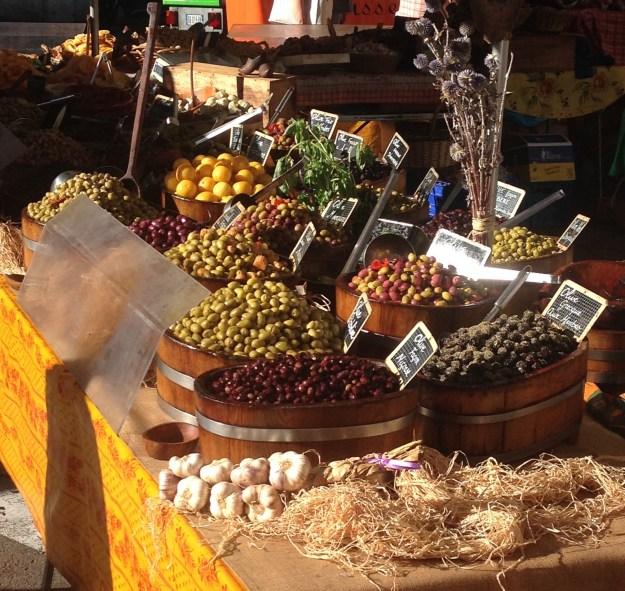 mkt-olives