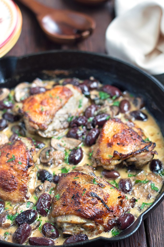 roasted chicken with white wine mushroom cream sauce with kalamata olives
