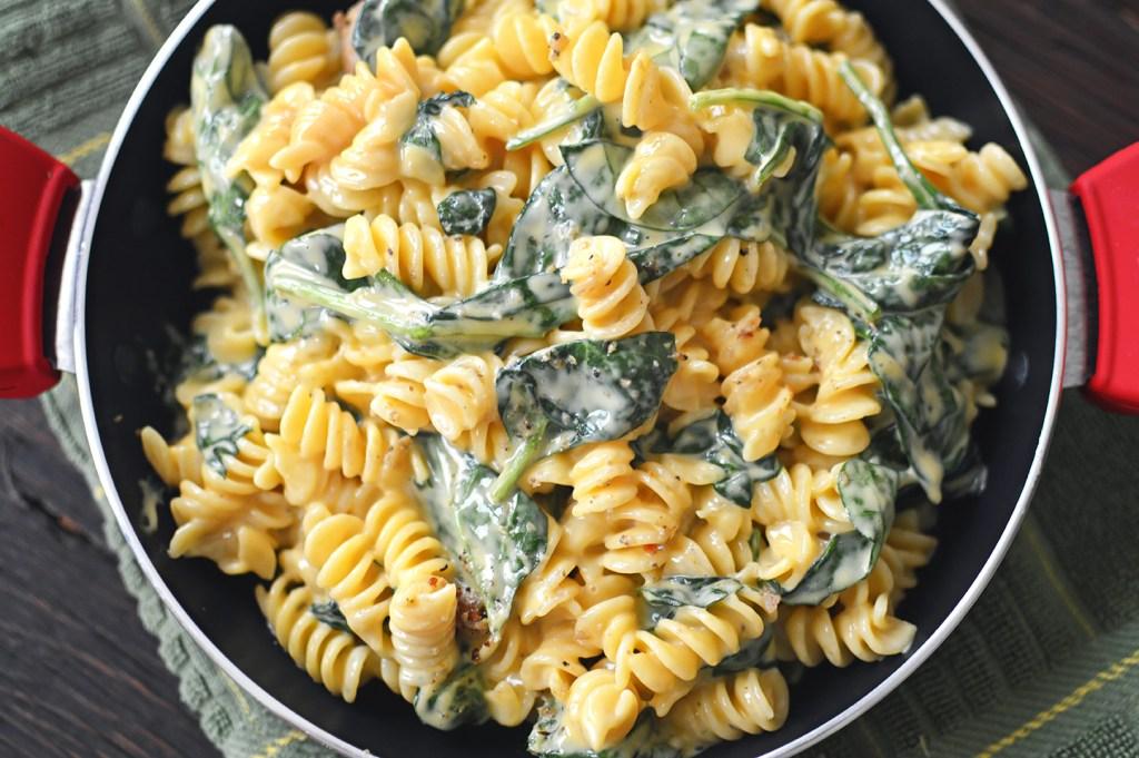 cheesy chicken and spinach pasta DSC_0699