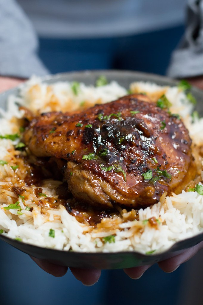 Crispy One Pan Honey Garlic Ethiopian Berbere Chicken Thighs dsc_0702