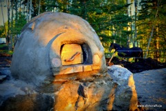 Wood fired cob oven Photo courtesy of Dirt Craft Natural Building