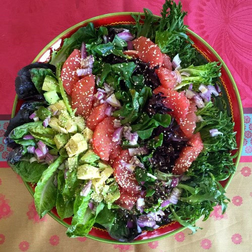 Grapefruit and avocado salad with sesame accents - photo - Karen Anderson