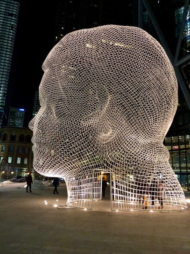 Wonderland statue by Jaume Plensa