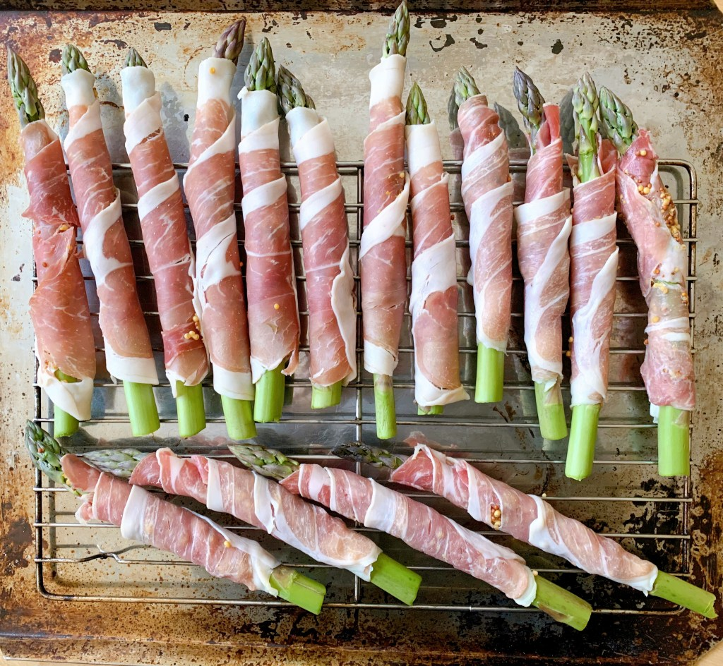 Prosciutto Wrapped Asparagus - ready to cook