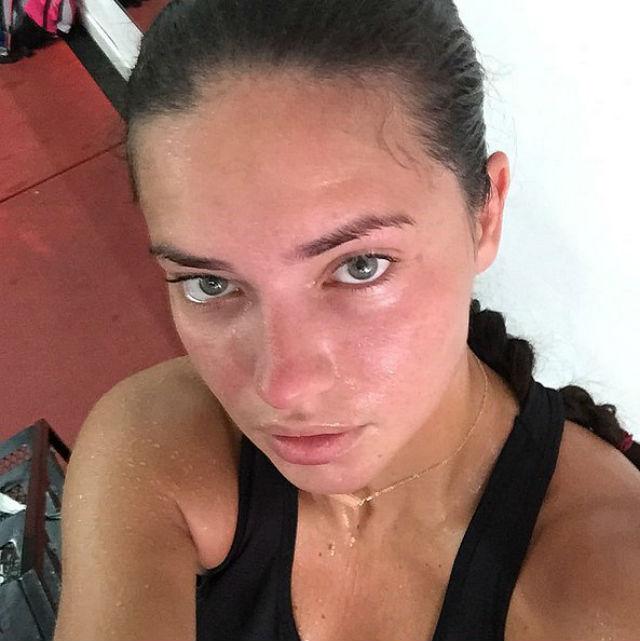 Adriana Lima (foto: Instagram)