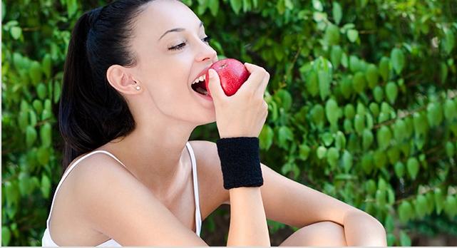 U svoju svakodnevnu ishranu morate uvrstiti i jabuke - što pre! (foto: healtheatingfood.com)