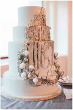 Winter Wedding Cakes We Love5