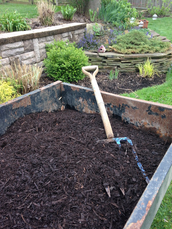Leaf compost mulch is a great way to reduce weeds.